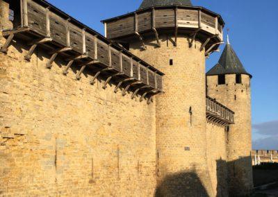 Carcassonne Château Comtal Hourds Gîte EstWest