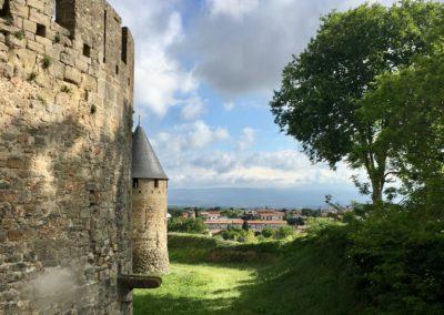 Carcassonne Cité Barbacane Saint Louis Gîte EstWest